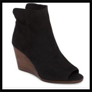 Lucky Brand Suede Urbi Wedge